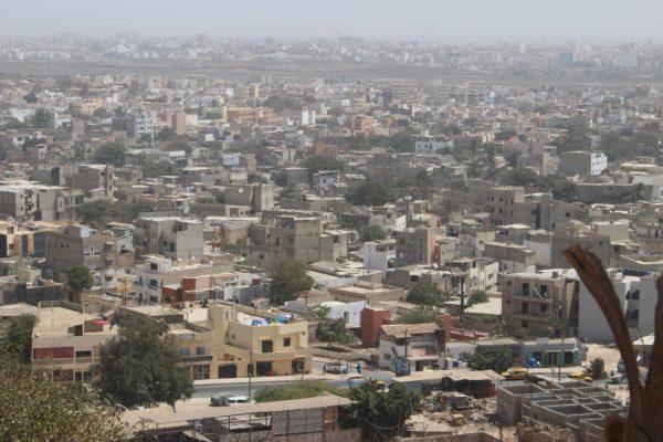 Vue aérienne des logements de Dakar
