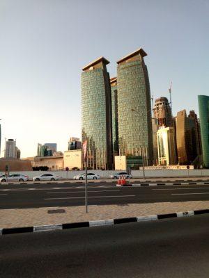 Une compétition de gratte-ciel dans le ciel de Doha.